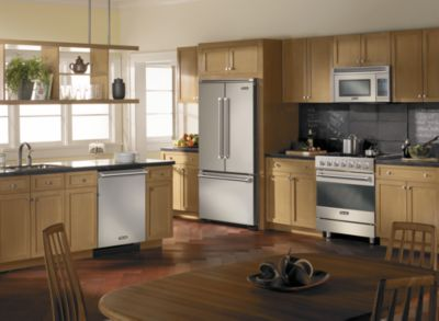 Capital Distributing Showroom in Dallas TX | Come Home To A Viking 3 Series Kitchen
